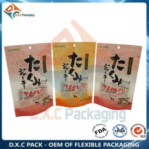Flexible Zipper Stand Up Pouches with Hand Hole for Dry Pet Food Packaging